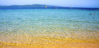 Spiaggia Isola Gabbiani APerrini