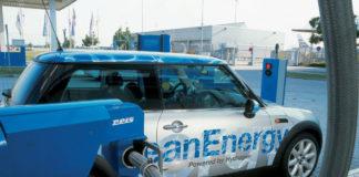 auto distributore idrogeno