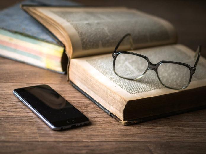 libro libri cellulare