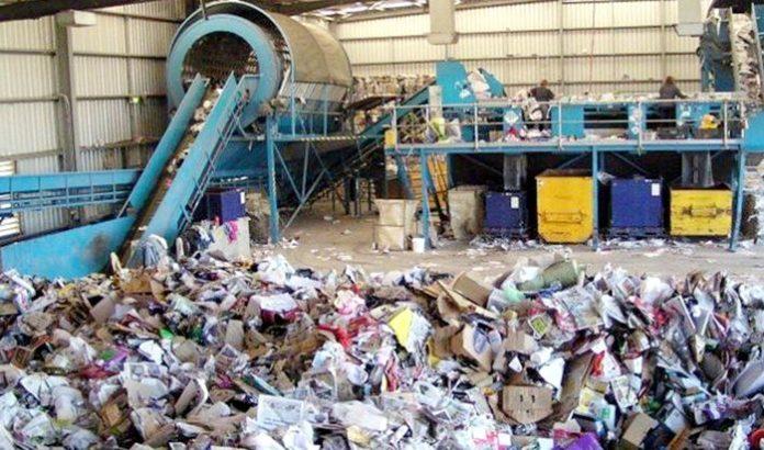 rifiuti riciclaggio carta