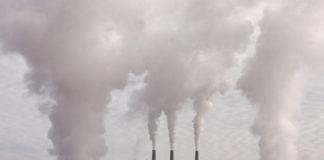 emissioni smog industria inquinamento