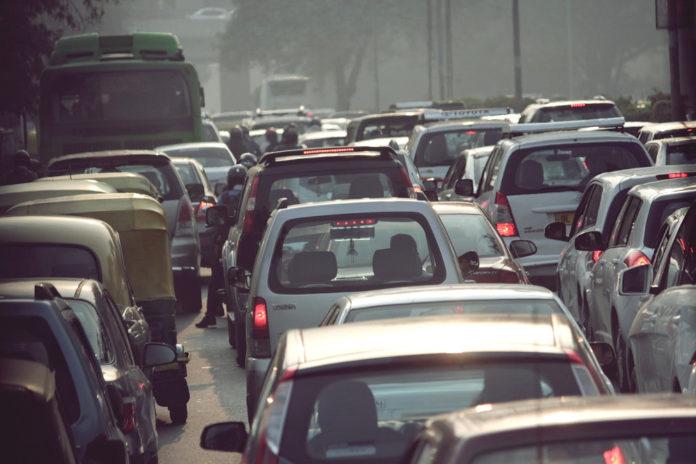 india traffico inquinamento