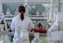 chimica laboratorio ricerca