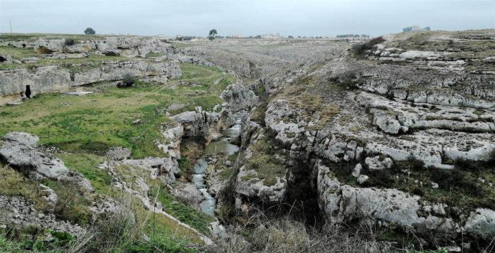 Paolo Picciallo: La lenta opera del torrente Gravina