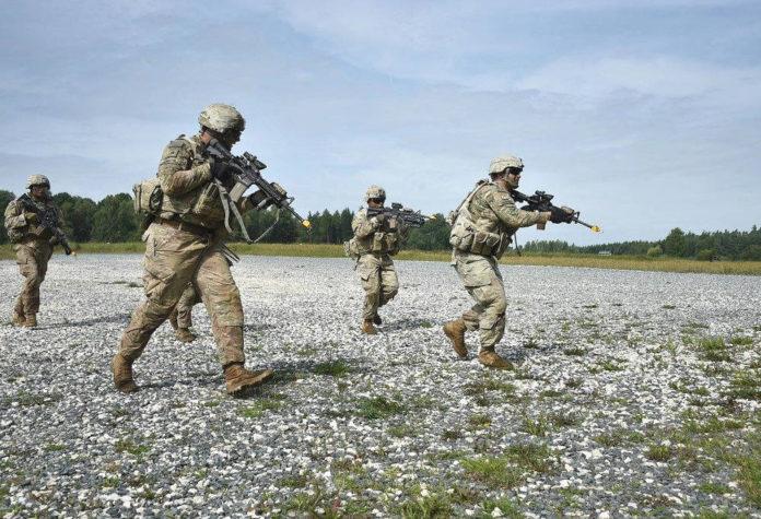 armi esercitazione guerra
