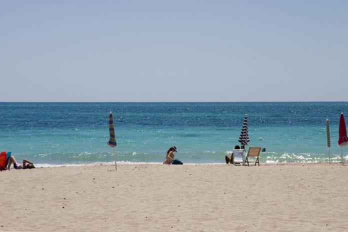 Mare Spiaggia Torre Vado Lecce foto L Perrini