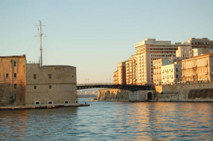 Taranto ponte