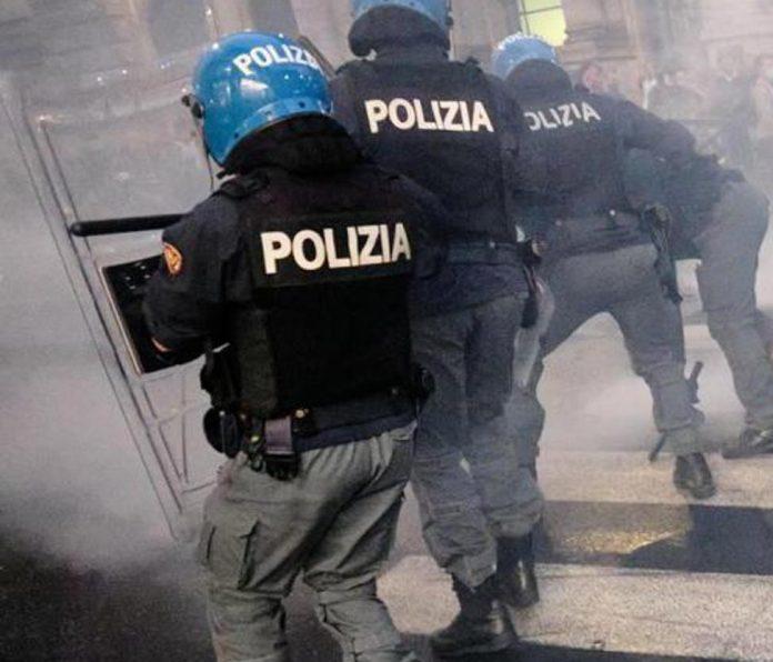violenze manifestazione polizia